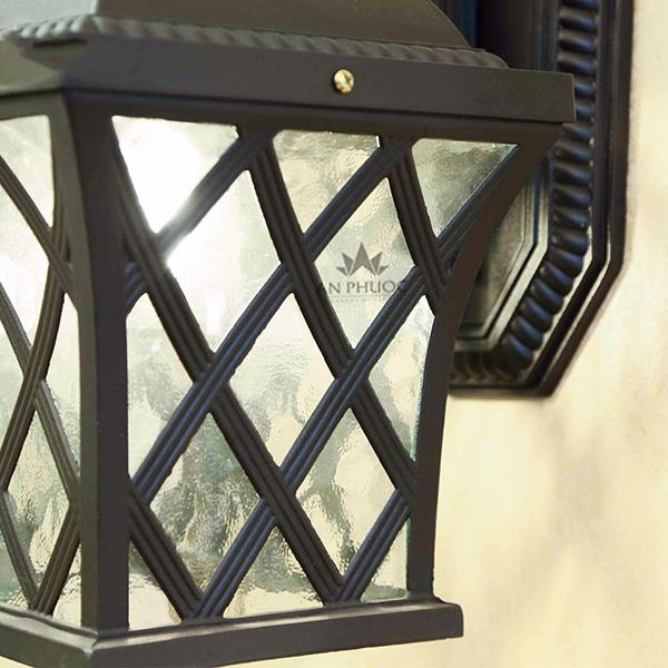 Đèn tường ngoại thất cổ điển đen – APZY094