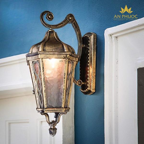 Đèn tường ngoại thất cổ điển – AP949