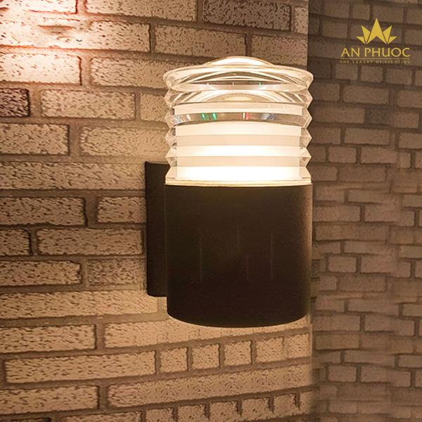 Đèn tường ngoại thất LED ánh sáng vàng- GN-B03-1 BK